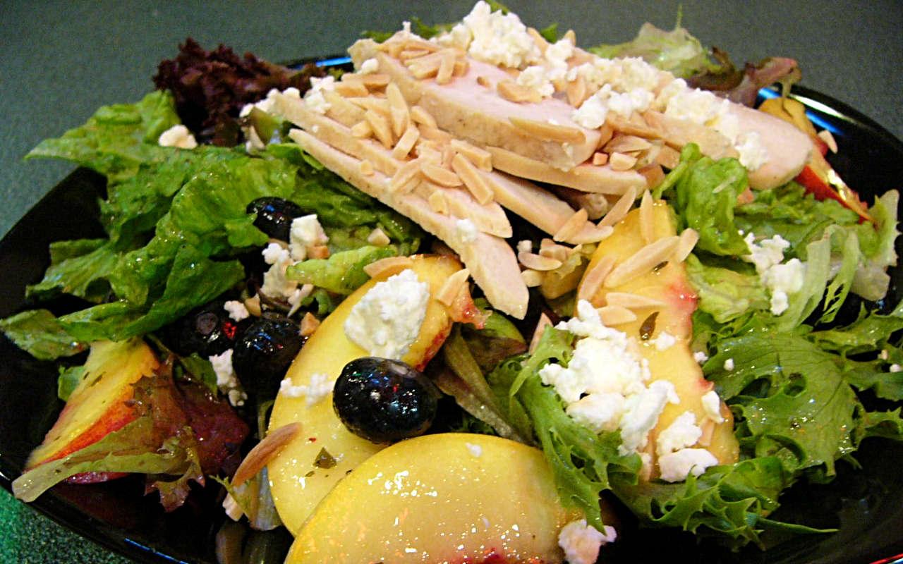 Blueberry Peach Salad